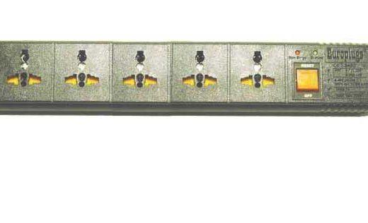 WES.T5_black, 3rd Gen 5-Outlet Univ. Power Strip